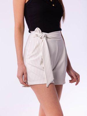 Shorts Risca de Giz