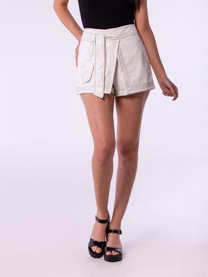 Shorts Saia Couro